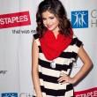 """Selena está grabando """"Dices"""", la versión en español de """"Who Says"""""""